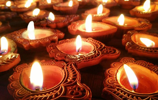 Facts about Diwali - diyas
